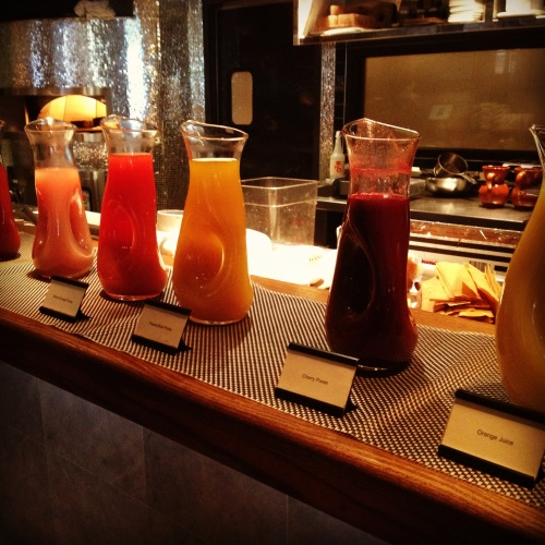 The ultimate boozy brunch experience: bottomless bellini bar